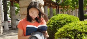 china-girl-reading-tne