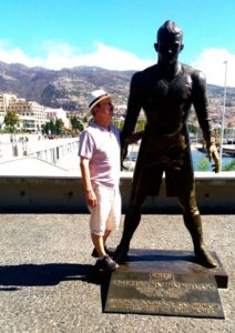 Nic and a giant statue of Ronaldo at his birthplace museum in Funchal, Madeira